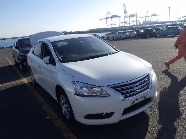 NISSAN SYLPHY (Ref 00134)
